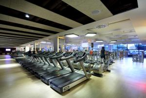 The fitness center and/or fitness facilities at Occidental Bilbao