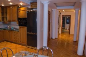 Кухня или мини-кухня в апартаменты на Интернациональной