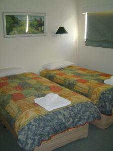 A bed or beds in a room at Bobuck 3B