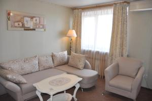 A seating area at Primorye Hotel