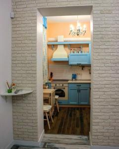 A kitchen or kitchenette at Studio near the sea