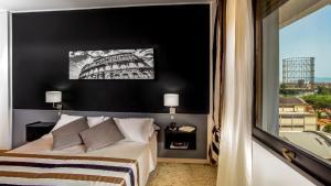 ラジオ ホテルにあるベッド