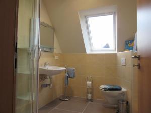 Ein Badezimmer in der Unterkunft Ferienwohnung Kaiser