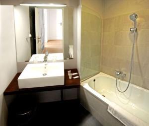 Ванная комната в U Stare Pani - At the Old Lady Hotel