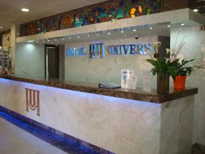 The lobby or reception area at Hotel Univers