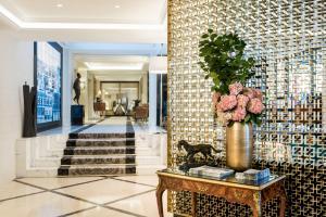 The lobby or reception area at Sofitel Paris Baltimore Tour Eiffel