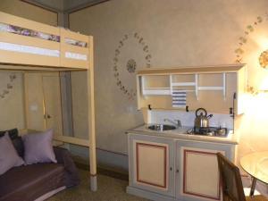 A kitchen or kitchenette at Casa di Marco a Santa Croce