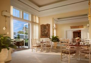 A restaurant or other place to eat at Montage Palmetto Bluff