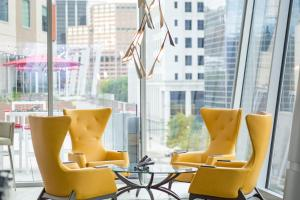 A seating area at The Art Hotel Denver, Curio Collection by Hilton