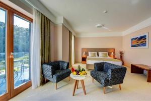 A seating area at Hotel Bonaca