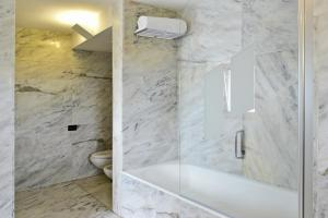 Uma casa de banho em Pousada Convento de Arraiolos