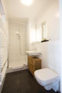 Ein Badezimmer in der Unterkunft Der Teichhof