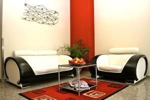 Ein Sitzbereich in der Unterkunft Hotel Dietrichsdorfer Hof