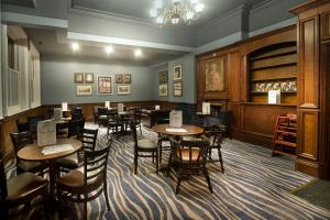 A restaurant or other place to eat at The Yarborough Hotel Wetherspoon
