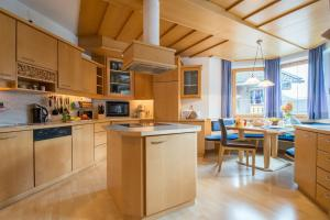 Küche/Küchenzeile in der Unterkunft Milcherhof