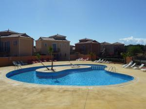 The swimming pool at or close to Villa Pays d'Oc