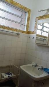 Um banheiro em Casa Ampla Ubatuba