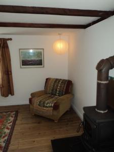 A seating area at Shiplake Mountain Farmhouse