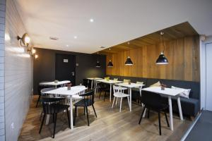 A restaurant or other place to eat at Staycity Aparthotels Centre Vieux Port