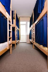 A bunk bed or bunk beds in a room at Hostel Han