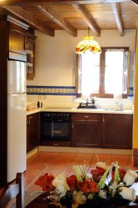 A kitchen or kitchenette at Casa Guela