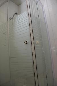 Uma casa de banho em Residencial Bela Star