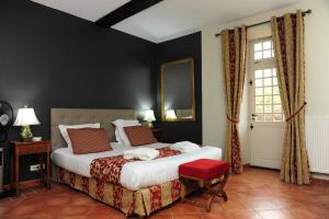 Un ou plusieurs lits dans un hébergement de l'établissement Hôtel Le Château Fort de Sedan