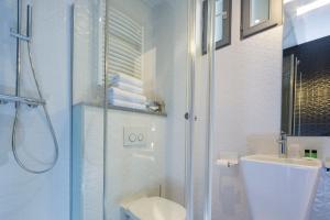 Ein Badezimmer in der Unterkunft Palym