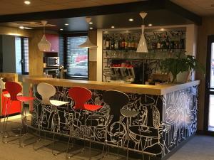 Lounge oder Bar in der Unterkunft ibis Toulouse Pont Jumeaux