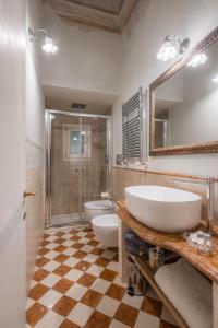 Un baño de Novella House