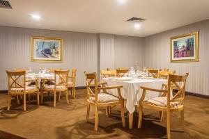 Hotel Vip Grand Maputoにあるレストランまたは飲食店