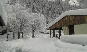 Rifugio Mello durante l'inverno