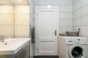 A bathroom at Sky Hostel