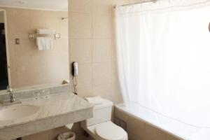 Un baño de Hotel Leonardo da Vinci