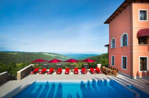 The swimming pool at or close to B&B Palazzo Angelica Adults Only
