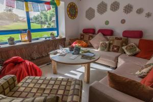 A seating area at Golan Heights Hostel