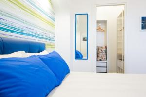 A bed or beds in a room at Sorrento Incantata