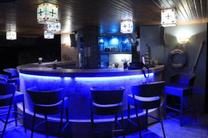 The lounge or bar area at Linaw Beach Resort