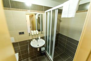 A bathroom at Penzion Delanta
