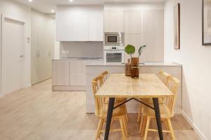 Küche/Küchenzeile in der Unterkunft Oteiza Apartment by FeelFree Rentals