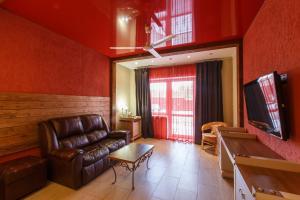 Гостиная зона в Загородный комплекс Ранчо 636