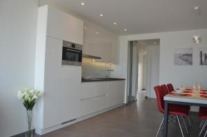 Küche/Küchenzeile in der Unterkunft 4B @ Longchamp