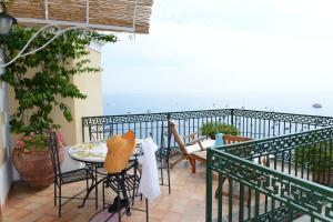 A balcony or terrace at Buca Di Bacco