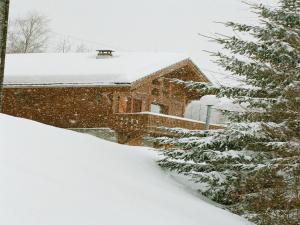 Chalet Juliet during the winter