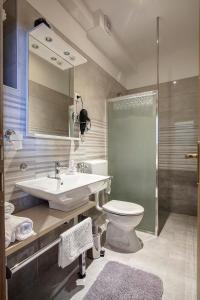 A bathroom at Apartment Noa