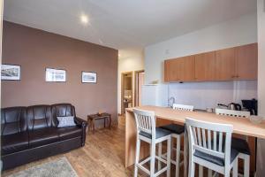 A kitchen or kitchenette at Apartment Noa