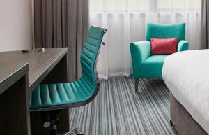 A seating area at Jurys Inn Aberdeen Airport
