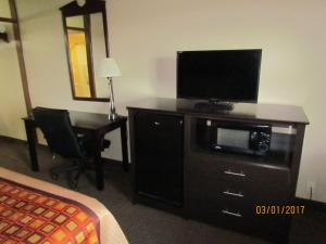 A television and/or entertainment center at Travelers Lodge Beatrice