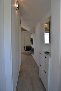 A kitchen or kitchenette at Villa I Karma
