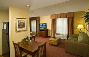A seating area at Homewood Suites by Hilton Portland